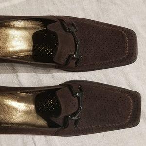 Stuart Weitzman Brown shoes size 9